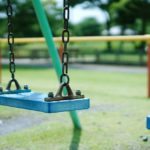 健康遊具が増える「安全な公園」は子どものため?それとも・・・