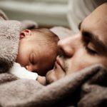 うつぶせ寝はSIDSの要因!?1割が未実施の「呼吸器等点検表」とは?