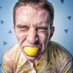 「酸蝕症とエナメル質」 あなたの歯は、いつの間にか溶けているかも!?