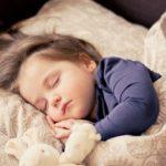 子どもの睡眠の質は家庭環境も影響? 「眠育」とは!?